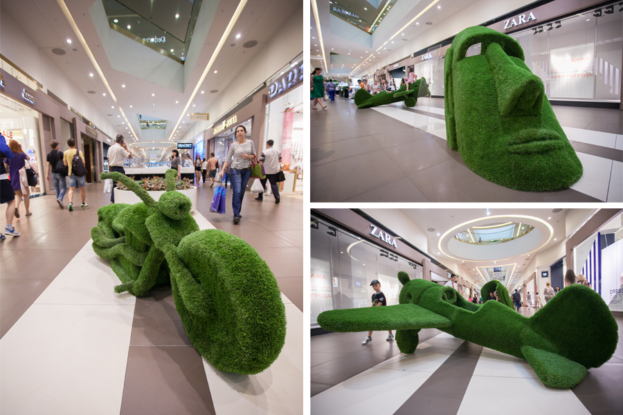 green_sculpures_in_Galeria.jpg